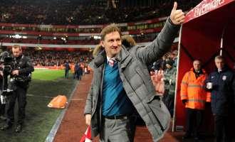 Легендата на Арсенал Тони Адамс е нов тренер на Гранада