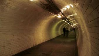 Британската влада ќе ги објави плановите за новиот тунел под реката Темза