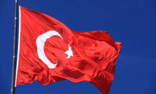 Турција повика на формирање на нова демократска влада во Македонија