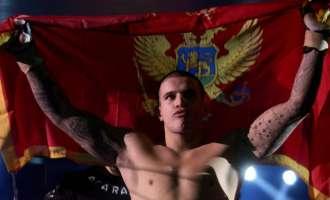 ММА спектакл во Нови Сад се претворил во општа тепачка  (видео)