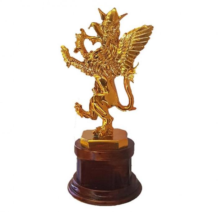 """""""Златна петорка"""" на Тренчовски со награда во Перуџа"""