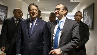ОН се обидува да ги убрза преговорите за Кипар