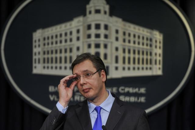 Вучиќ ја скрати листата за премиерската фотелја, Дачиќ или Брнабиќ