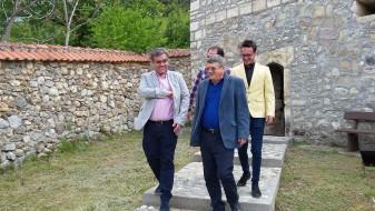 Ибраими: Новата Влада да го продолжи проектот за бесплатна бањска рекреација