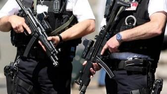 Британија распоредува војска по нападите