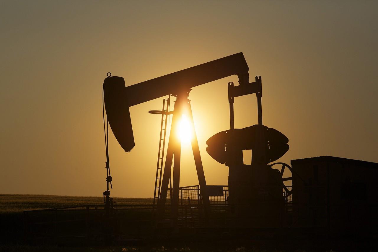 Повторно паднаа цените на нафтата
