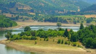 Зголемено нивото на вода во езерото Калиманци