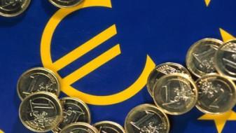 Членките на ЕУ можеби ќе бидат принудени наскоро да го воведат еврото како национална валута
