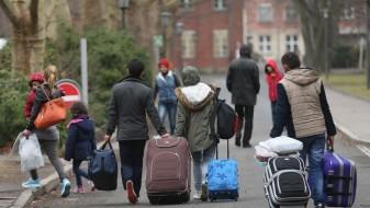 Германските власти ќе преиспитуваат десетици илјади позитивни одлуки за азил