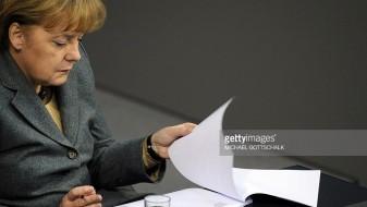 Меркел гневна поради изнесените информации од вечерата на Јункер и Меј