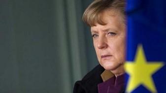 Меркел не стравува од Турција, но повикува на одмереност