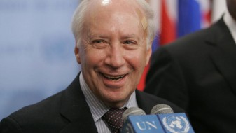 Нимиц: Решавањето на спорот за името да биде приоритет за новата влада