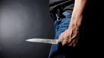 Стружанец со тупаници и кујнски нож нападнал возач на патничко комбе