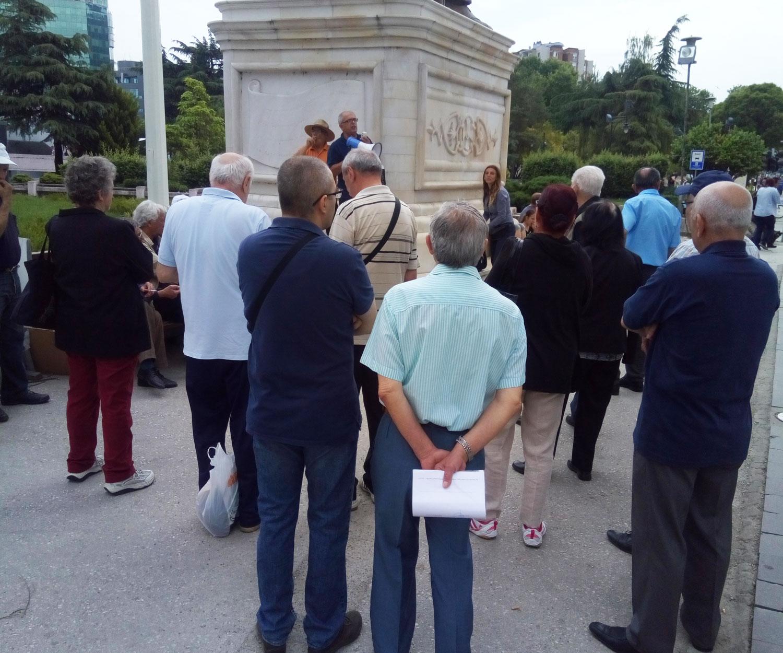 149 протест на исклучените од системот за парно греење