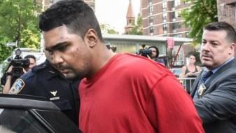 """Мажот што налета на пешаци на Тајмс Сквер тврди дека """"слуша гласови"""""""