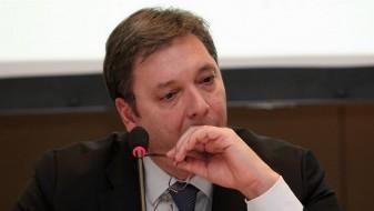 Вучиќ поднесе оставка на премиерска функција