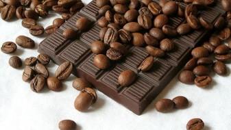 Црното чоколадо ја враќа енергијата