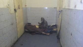 (ВИДЕО) Затвореници и чувари препишуваат терапии и лекуваат во македонските затвори