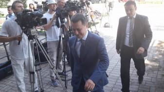 """Рангелова прва пристигна на судењето за случајот на СЈО """"Шлаканици"""""""