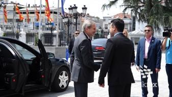 (ВИДЕО) Почна средбата Хан-Заев
