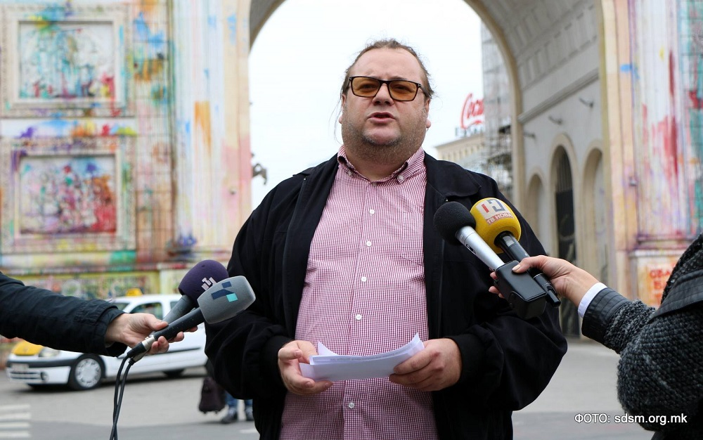 Алаѓозовски  Фасадите и спомениците не се приоритет на Владата