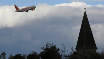 Авион вонредно слетал во Келн: Патници зборувале за тероризам