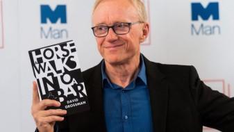 """Букерова награда: Дејвид Гросман за """"Коњ влегува во бар"""""""