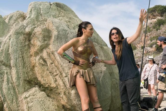 filmot-wonder-woman-zaraboti-poveke-od-620-milioni-dolari