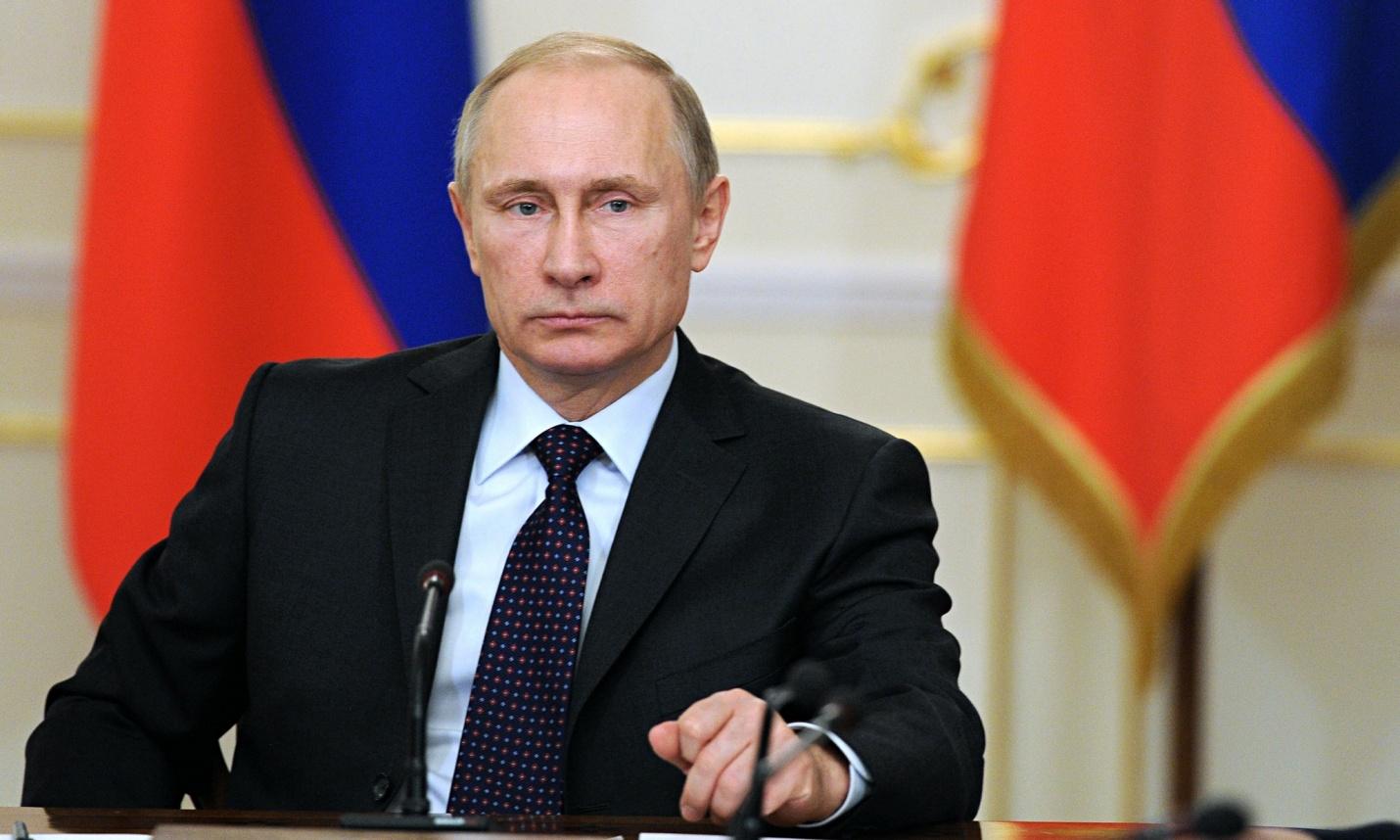 Путин на Крим  Киев протестира