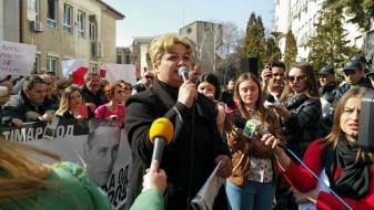 Мајката на Тамара го осуди обидот за убиство на екс-министерот Тодоров