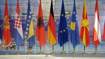 ЕУ ќе даде дополнителни две милијарди за Западен Балкан