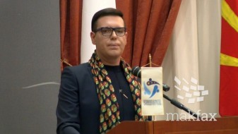 Бојан Јовановски се откажа од посвојување три деца