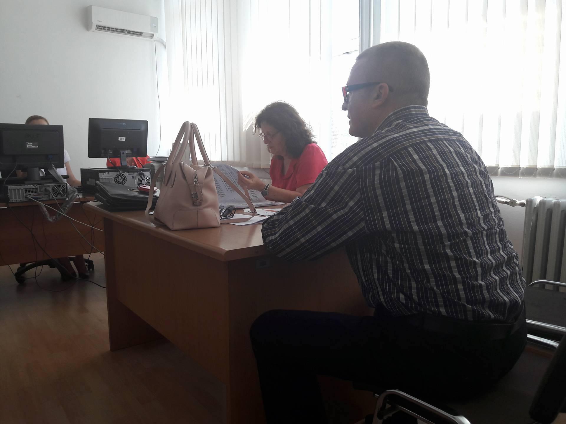 Нема притвор за Латас  екс вицепремиерот Пешевски остана без пасош