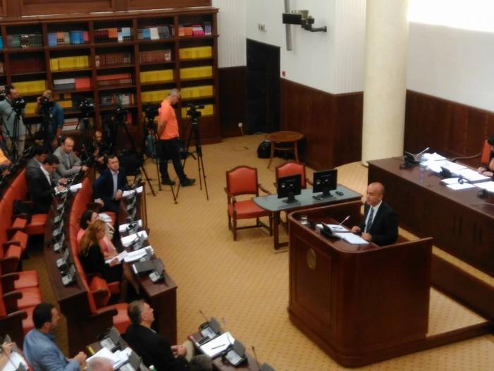 (ВИДЕО) За пратениците на ВМРО-ДПМНЕ ребалансот не е реформски, СДСМ со поддршка на кратењата