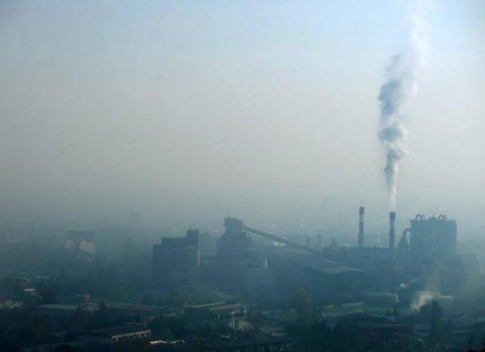 Македонија ја губи битката со загадениот воздух – смртните случаи во пораст