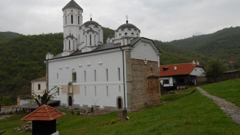 СПЦ прославата во Прохор Пчињски ја поврза со признавањето на Косово