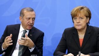 Меркел: Остануваат длабоките разлики со Ердоган