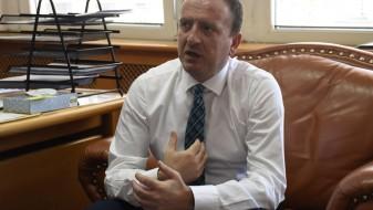 Таравари до Стефаноски: Подмолно сакавте да ги поскапете лековите