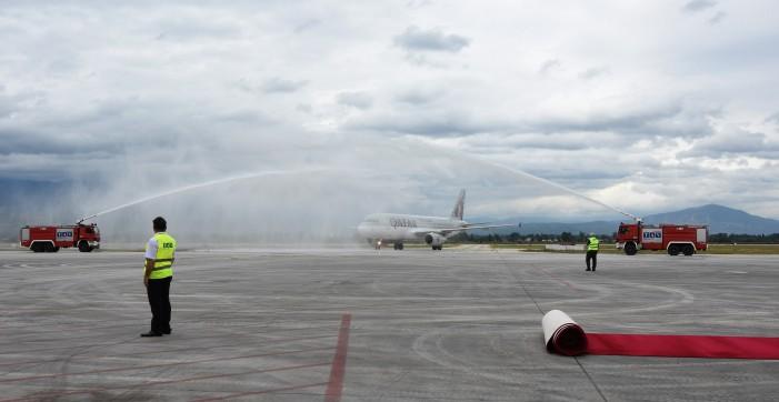 Прв лет на Катар ервејс од Доха до Скопје