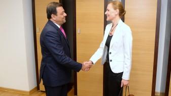 Македонија и Хрватска ќе работат на интензивирање на економската соработка