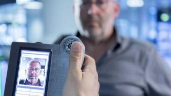Австриските аеродроми воведуваат системи за скенирање на лицето