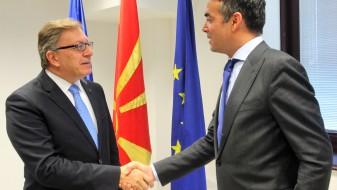 Димитров се сретна со помошник-генералниот секретар на НАТО за јавна дипломатија