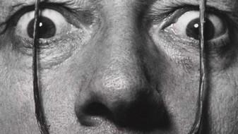 Ексцентричните мустаќи на Дали непроменети во ковчегот