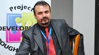 И Едмонд Темелко остана без пасош
