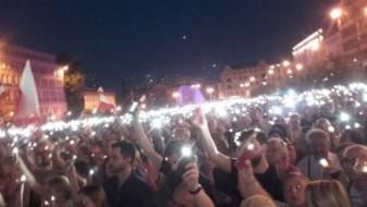 Не престануваат протестите во Полска против владата