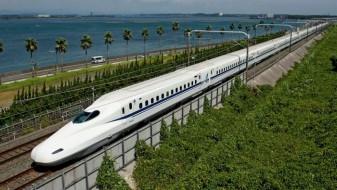 Франција доби две нови брзи железнички линии