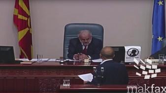 (ВИДЕО) Џафери му го исклучи микрофонот на министерот Тевдовски