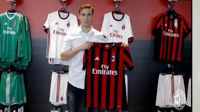 Милан го потврди трансферот на Лукас Биља