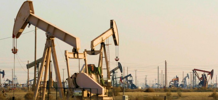 Нов пад на цените на нафтата