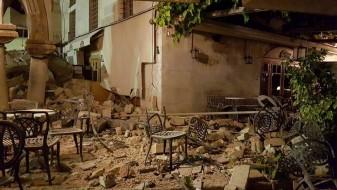 Над 350 луѓе повредени од земјотресот во Бодрум